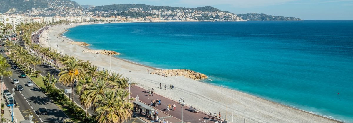 Holiday homes on the French Rivera - Promenade des Anglais